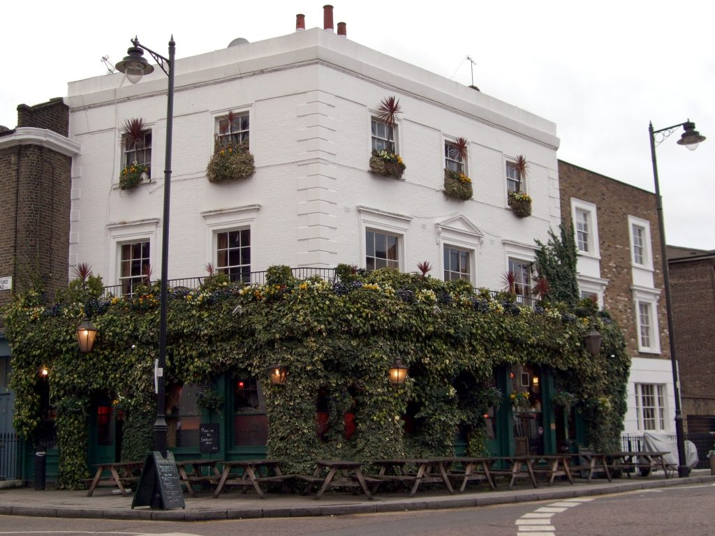 The Hemmingford Arms, pub
