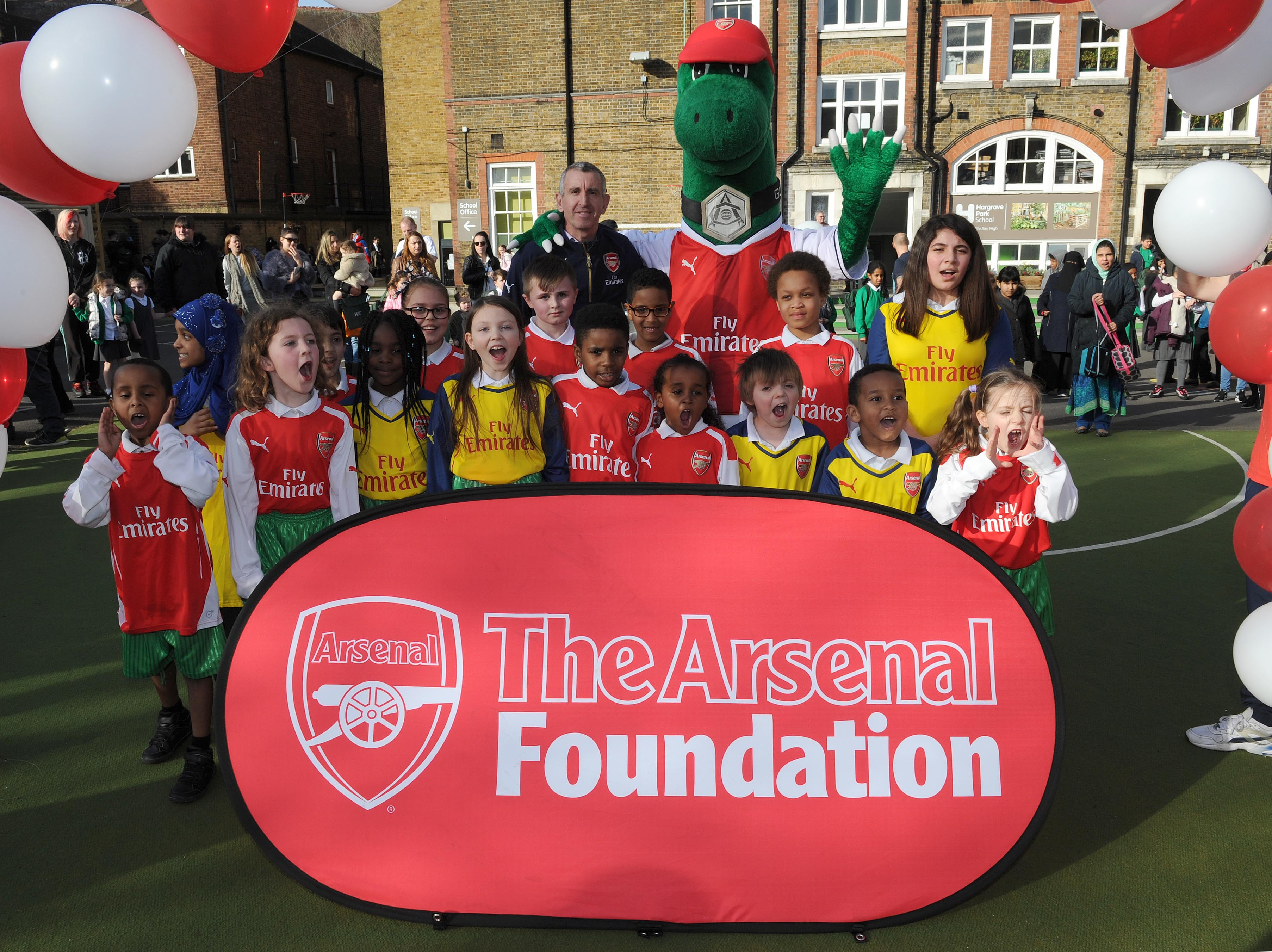 Nigel Winterburn (Ex Arsenal) opens the new football pitch funded by the Arsenal Foundation. Hargrave Park School. Archway, Islington, 13/3/17. Credit : Arsenal Football Club / David Price.